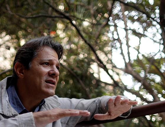Fernando Haddad afirma que o PT ficou vulnerável ao não realizar a reforma política e por não conseguir isolar o público do privado quando governava (Foto: Leonardo Benassatto/Reuters)