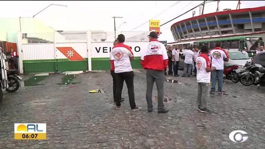 Rodoviários da Veleiro paralisam atividades para cobrar salários em Maceió e Rio Largo