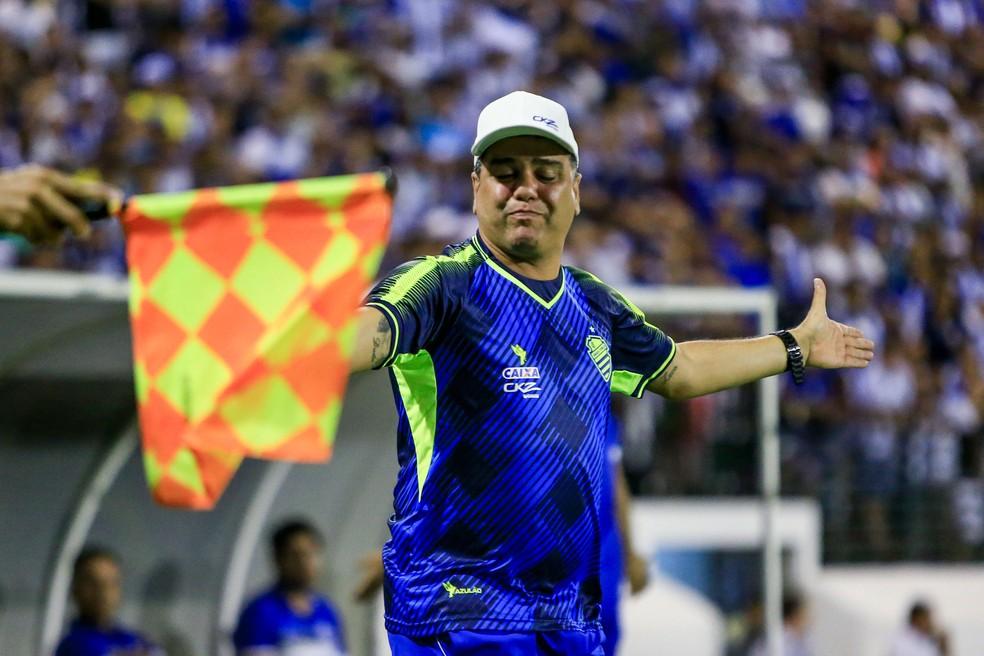 Marcelo Cabo, técnico do CSA — Foto: Ailton Cruz - Gazeta de Alagoas