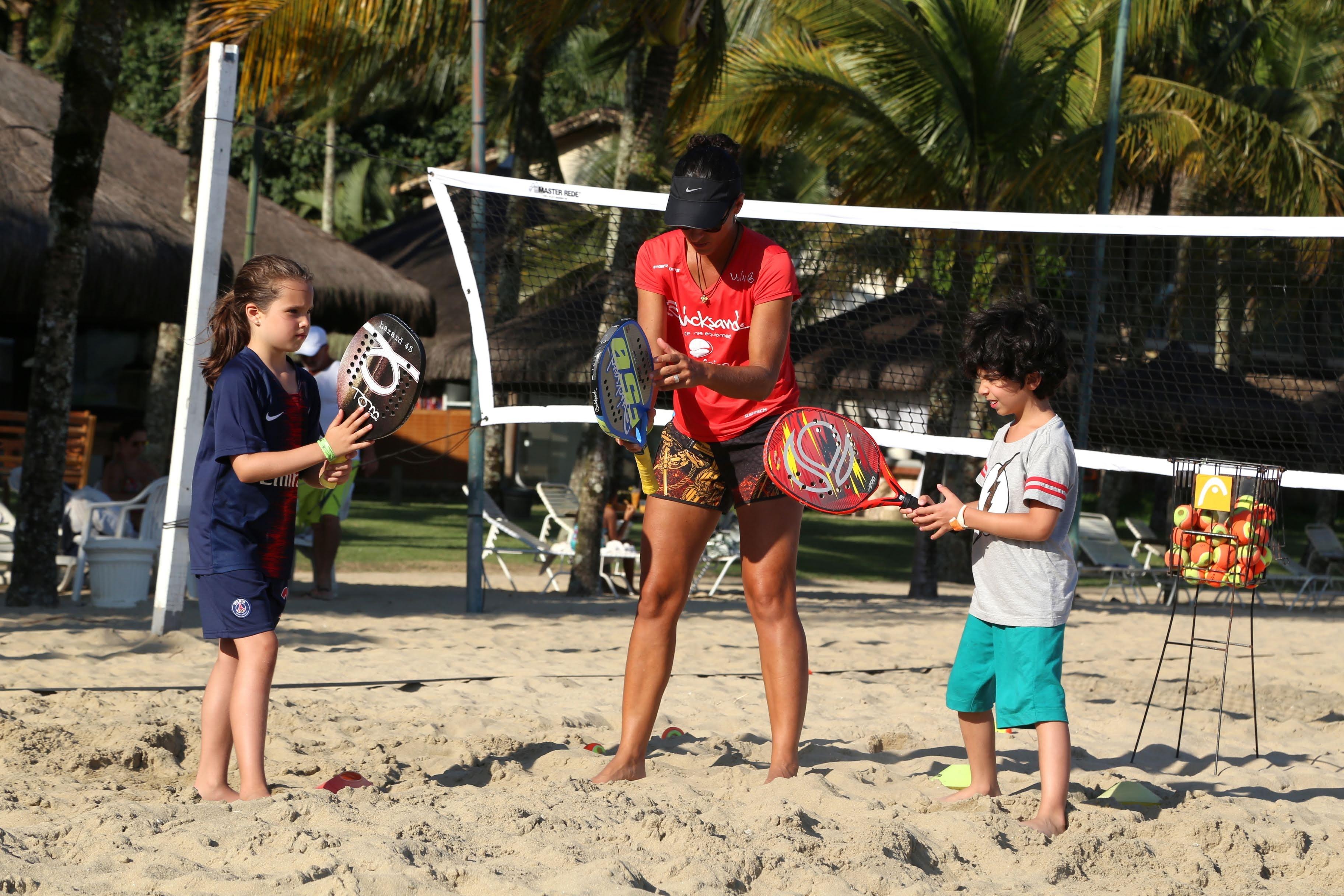 Joana Cortez ensina pequenos jogadores