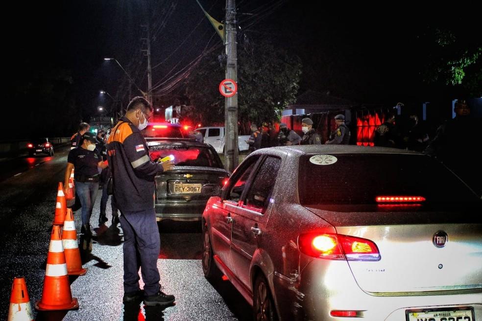 Ainda durante a operação, quatro motoristas foram flagrados dirigindo sob efeito de álcool. — Foto: Divulgação