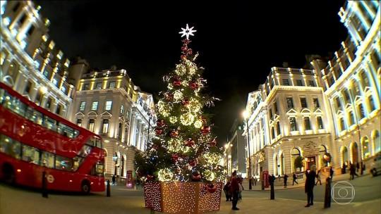 Decoração natalina vira atração para turistas e moradores em Londres