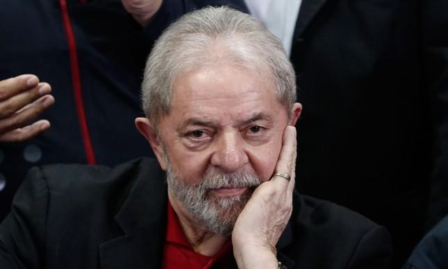 Depois de decisão de Facchin, intenções de voto em Lula para 2022 é muito maior do que em Sérgio Moro