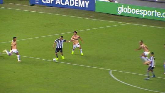 """Análise: Botafogo volta a perder chances claras, não faz """"dever de casa"""" e fica a 1 ponto das """"férias"""""""