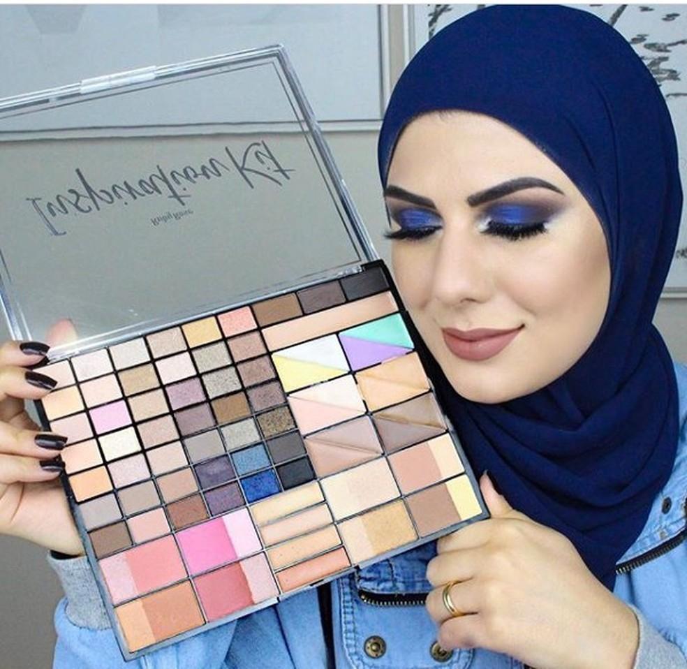 Além de abordar o islã em seu canal, Mag faz tutoriais de maquiagem  — Foto: Arquivo Pessoal