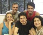 Guilherme Piva entre Letícia Isnard, Marcelo Valle, Álamo Facó e Inez Viana   Divulgação