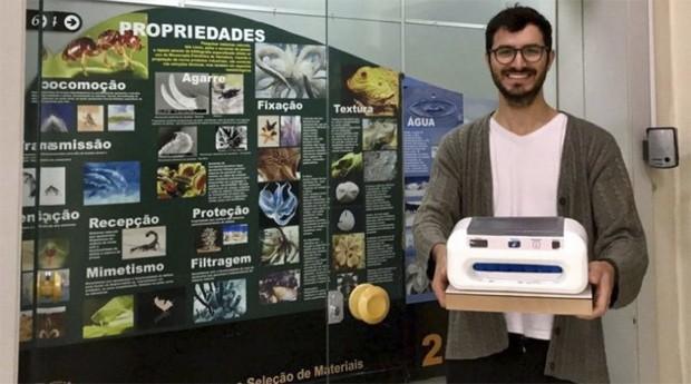 Rafael Eduardo Torres , da Linds, mostra seu invento (Foto: divulgação)