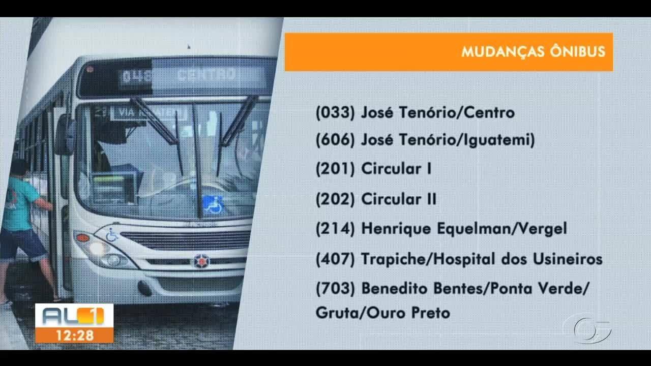 Obra de saneamento em rua de Maceió causa mudança no trajeto de ônibus