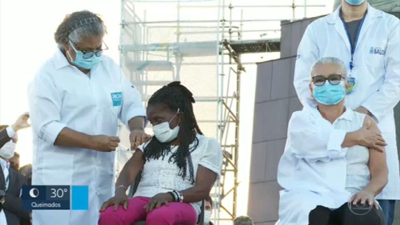 No Cristo Redentor, as primeiras vacinas contra Covid no RJ