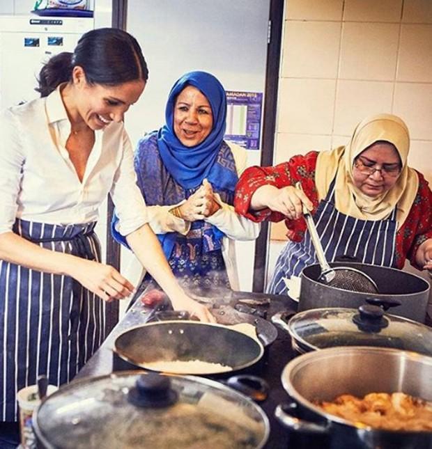 Grupo Hubb Community Kitchen nasceu com o incêndio em junho de 2017, da Torre Grenfell, em Londres (Foto: Instagram/Reprodução)