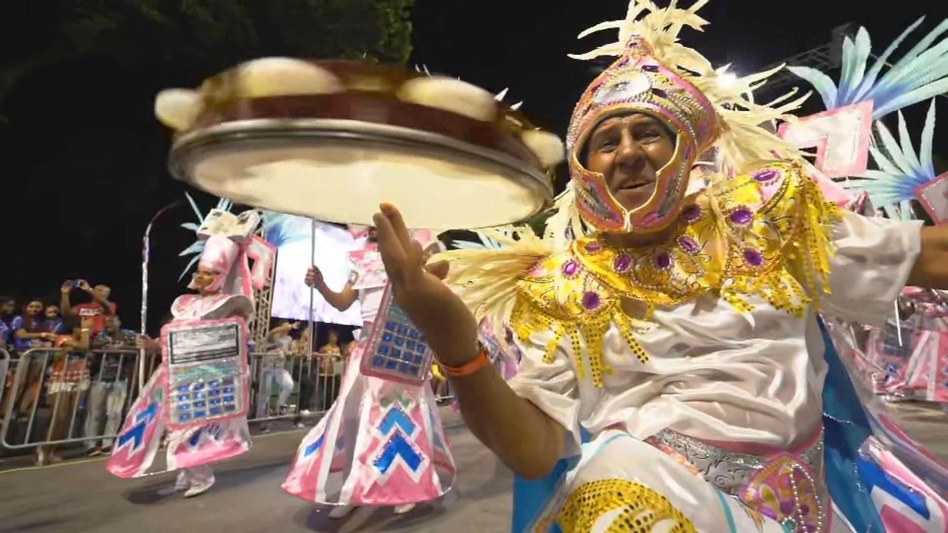 Venda Nova, Canto da Alvorada e Cidade Jardim terminam desfiles em BH como favoritas