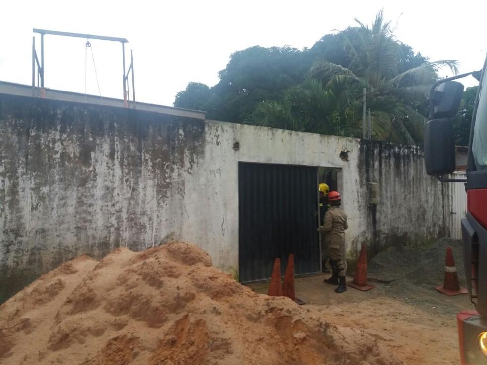 Casa onde houve o desabamento da laje (Foto: Alessandra Rodrigues/Mirante AM)