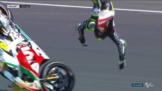 Cal Crutchlow sofre queda espetacular no treino classificatório do Mundial de Moto GP