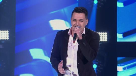 Léo Pain e Rê Adegas são os primeiros gaúchos a avançar no 'The Voice Brasil'