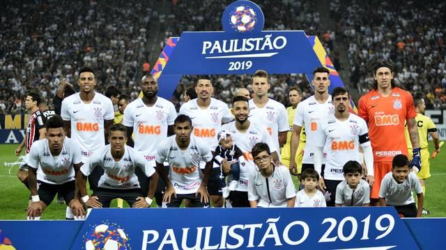 Jogadores do Corinthians no clássico
