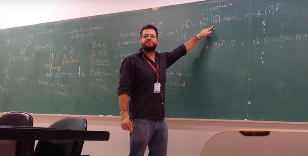 Professor Rodrigo Mota Amarante, 44 anos, que dava aula para as turmas de engenharia da Uninove, mas foi demitido durante a pandemia. — Foto: Arquivo Pessoal