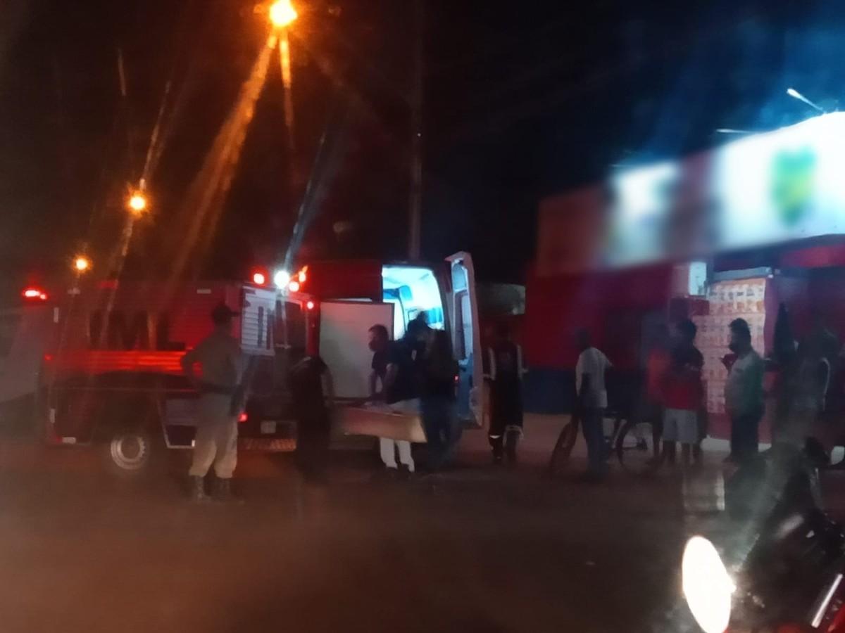 Briga de homens armados com facas termina com um morto e outro ferido em Palmas