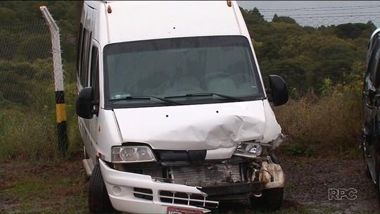 Corpo de policial atropelado enquanto sinalizava acidente é velado no Paraná