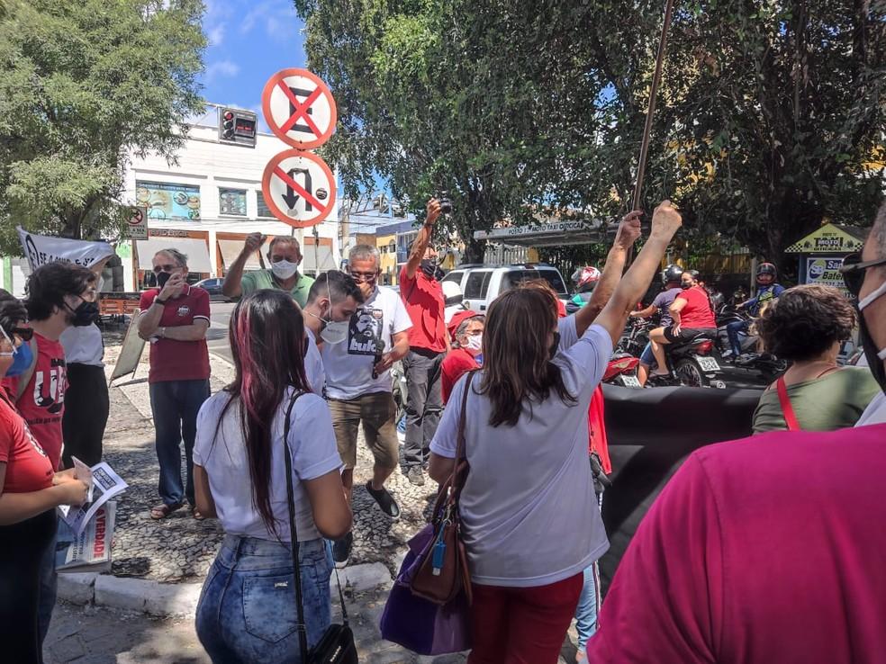 Manifestação contra Jair Bolsonaro em Cajazeiras, no Sertão da Paraíba — Foto: Arquivo Pessoal/David Emanoell