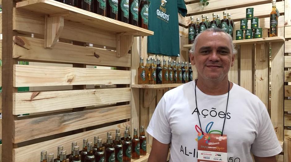 Leo Porto, fundador da Meu Garoto, fábrica que produz cachaça com jambu (Foto: Editora Globo)