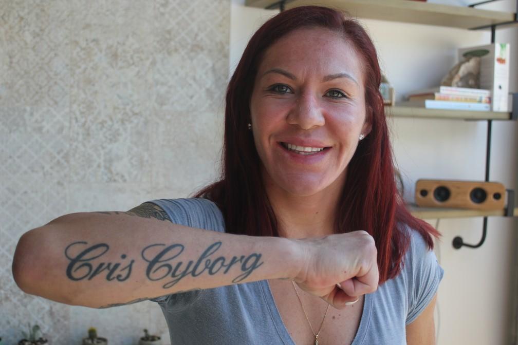Cris Cyborg avisa que luta com Amanda Nunes ainda está em negociação (Foto: Marcelo Barone)