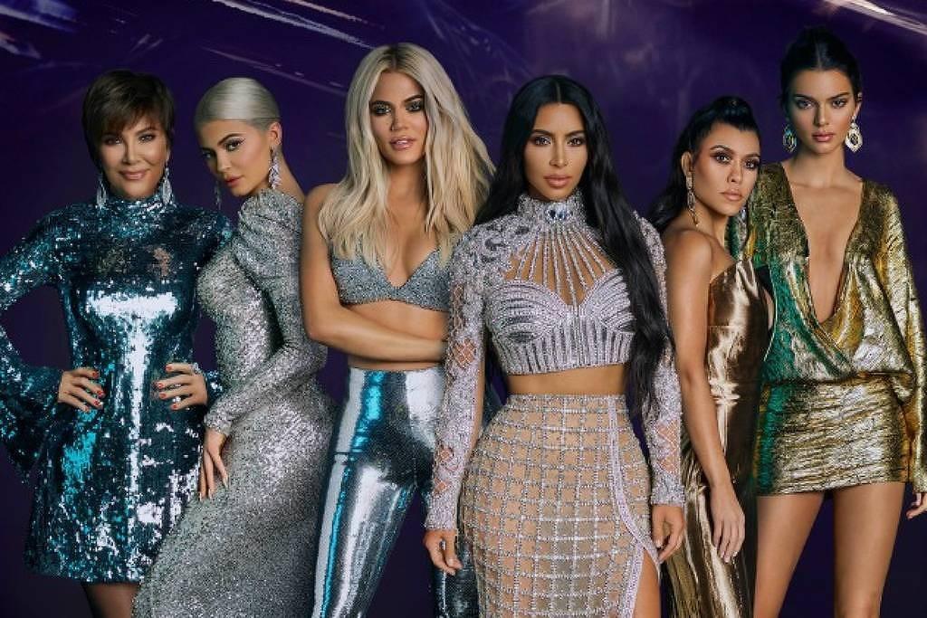 Kardashians continuam gravando seu reality com celulares (Foto: Divulgação)