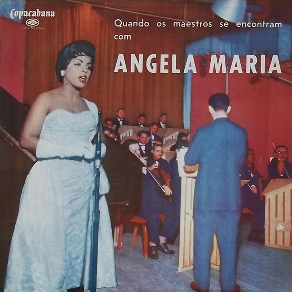 Capa do álbum 'Quando os maestros se encontram com Angela Maria', de Angela Maria — Foto: Reprodução