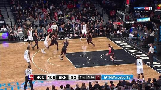 Com triplo-duplo de Harden, Rockets passeiam sobre os Nets em Nova York