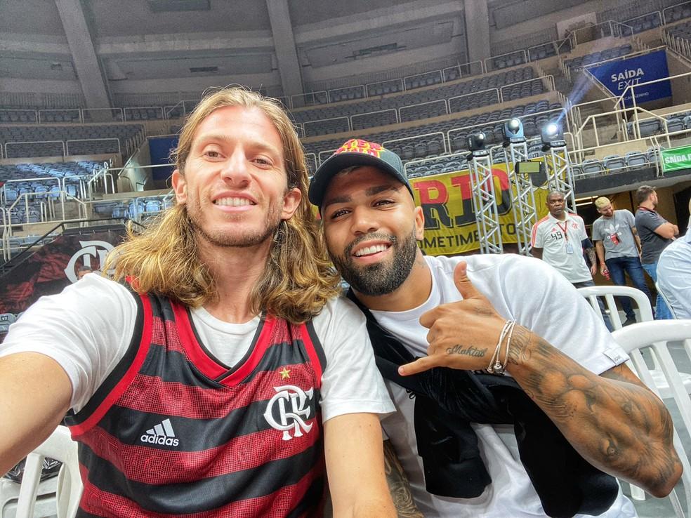 Gabigol e Filipe Luis estão relacionados — Foto: Twitter/Flamengo