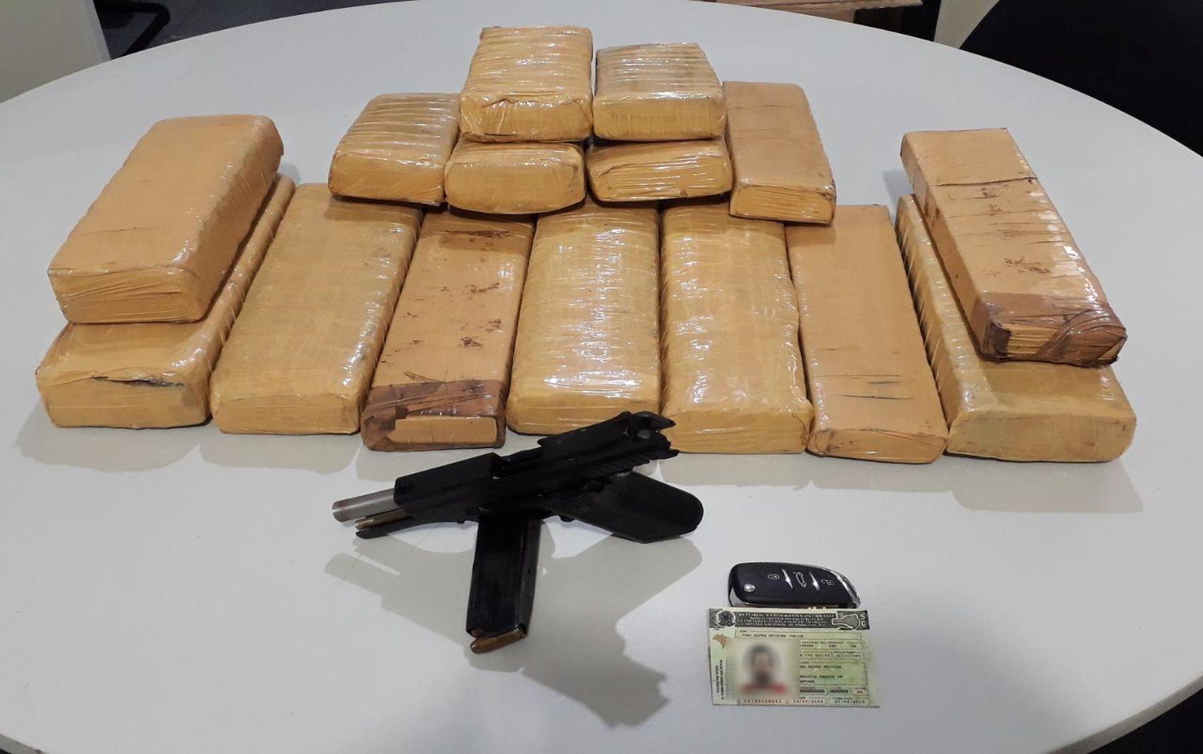 Suspeito de transportar drogas morre em confronto com a polícia no município de Propriá