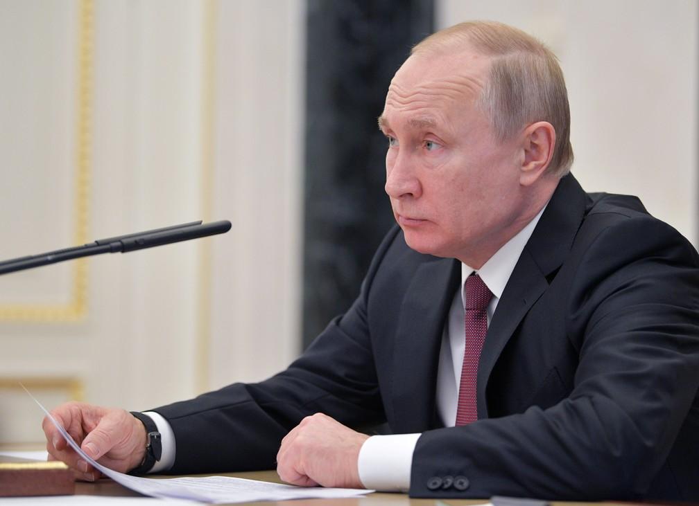 O presidente da Rússia, Vladimir Putin (foto de arquivo), determinou nesta quarta-feira (1º) simplificações para a concessão da cidadania russa a certas categorias de ucranianos. — Foto: Sputnik/Alexei Druzhinin/Kremlin via Reuters