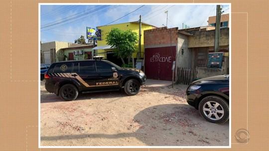 PF faz operação contra tráfico internacional de drogas e armas em quatro cidades do RS