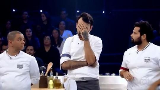 Eliminado no 'Mestre', Diego Gimenez se enrola com fogão e admite: 'Me atrapalhei'
