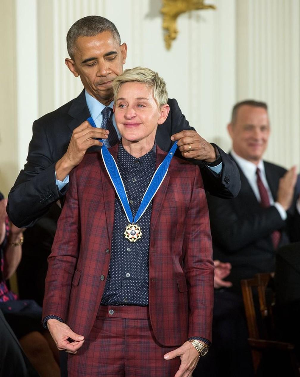 A humorista Ellen DeGeneres recebe Medalha da Liberdade de Barack Obama nesta quarta-feira (23) — Foto: Official White House Photo by Amanda Lucidon