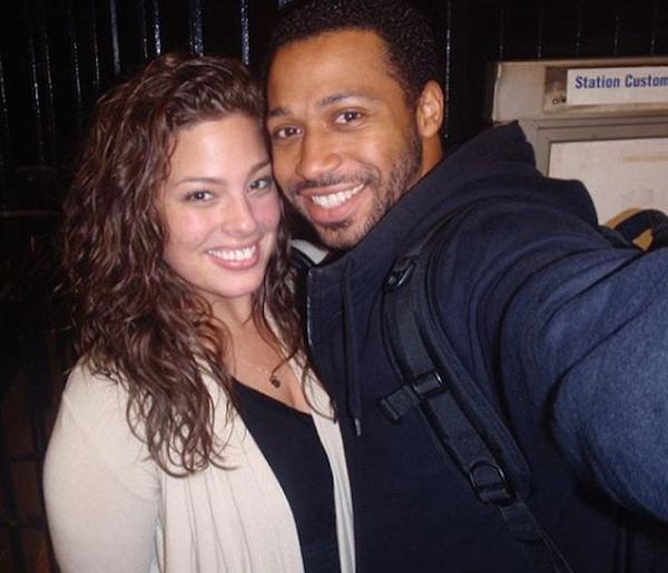 A foto que Ashley Graham disse ser a primeira protagonizada por ela e seu atual marido (Foto: Instagram)