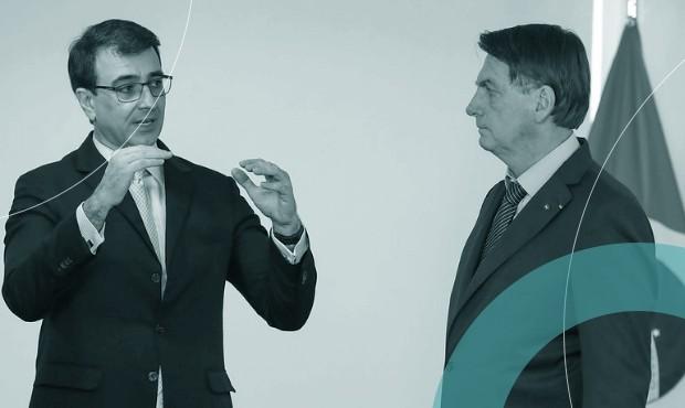 Carlos Alberto França e Bolsonaro durante apresentação de credenciais de novos embaixadores: novo chanceler quer desfazer confusões sobre vacinas e Amazônia