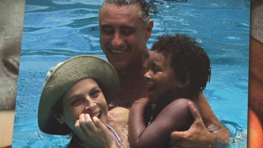 Drica Moraes canta no karaokê com Ana Maria e é só elogios ao filho: 'Ele é um sucesso'