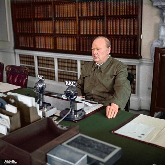 Winston Churchill (Foto: COLORIZADAS POR MARINA AMARAL)