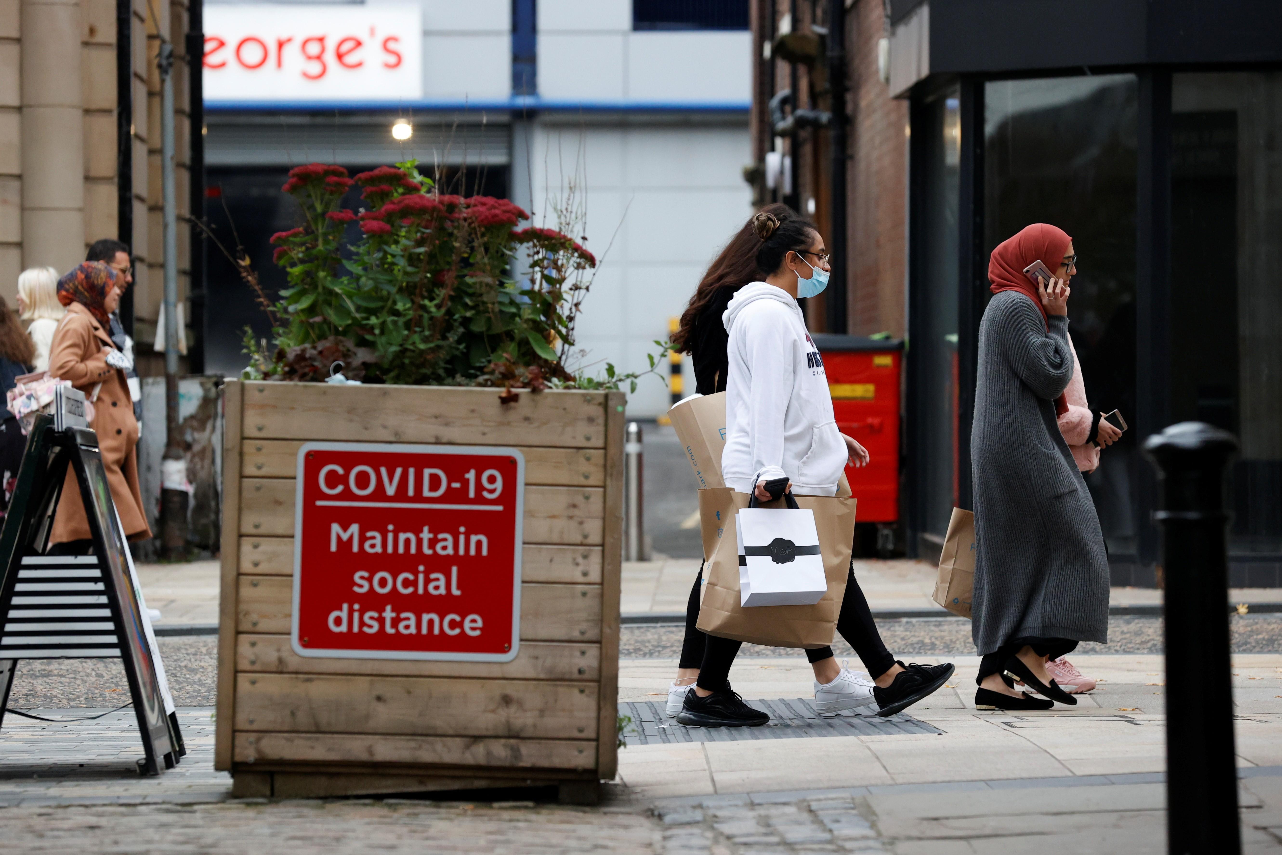 Europa tem mais de 250 mil mortes por Covid-19, diz agência