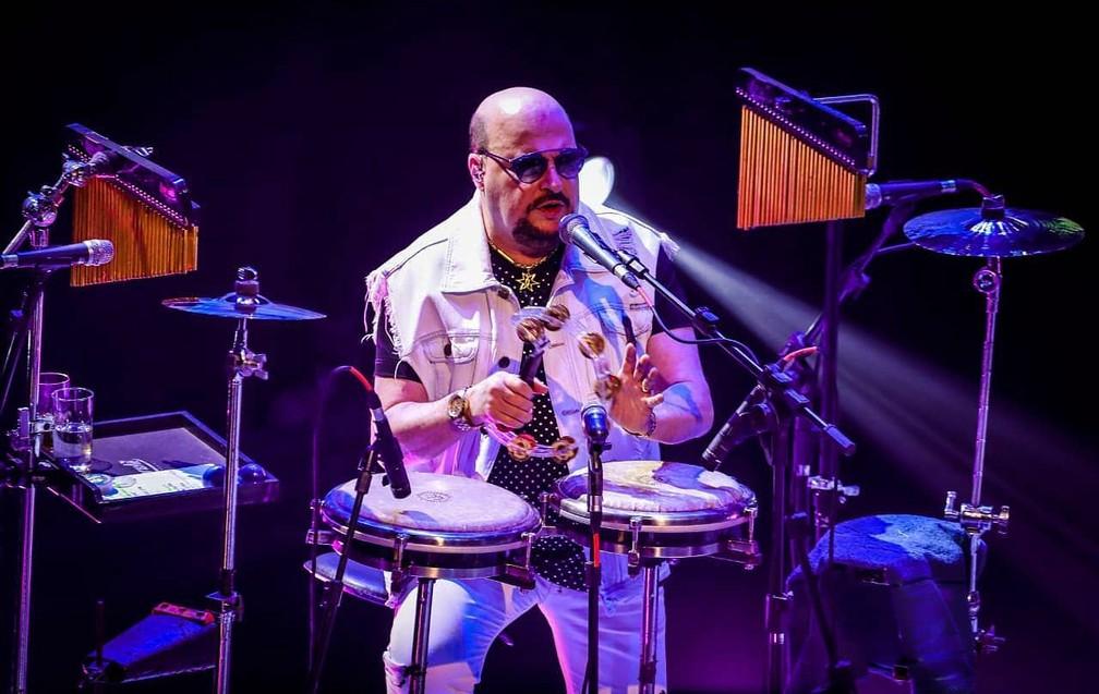 Paulinho, vocalista e percussionista do grupo Roupa Nova — Foto: Reprodução / Facebook Roupa Nova