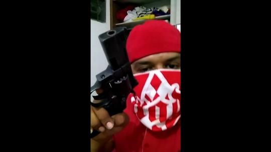 Torcedor do Vila é preso por vídeo em que ameaça torcida do Goiás com arma