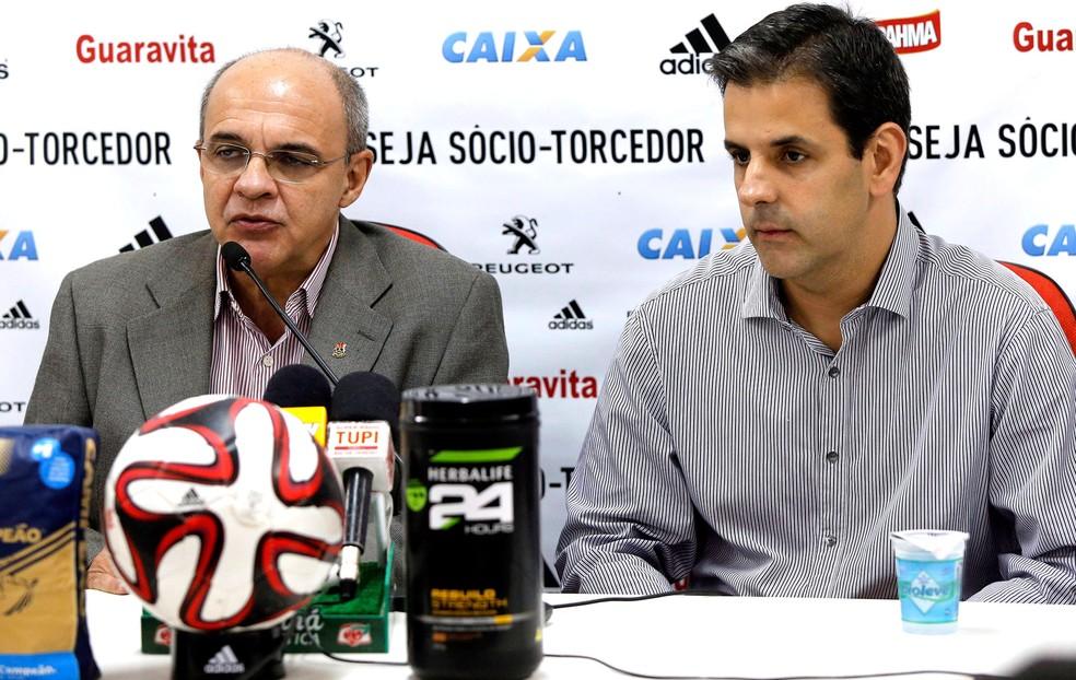 Wrobel, ao lado de Bandeira, quer projeto com orçamento enxuto e dentro da realidade financeira que o Flamengo possa caminhar (Foto: Cezar Loureiro / Agência O Globo)