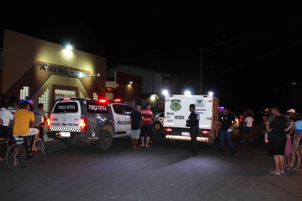 Assaltante morre dentro de igreja evangélica em Mossoró, na região Oeste — Foto: Marcelino Neto/O Câmera