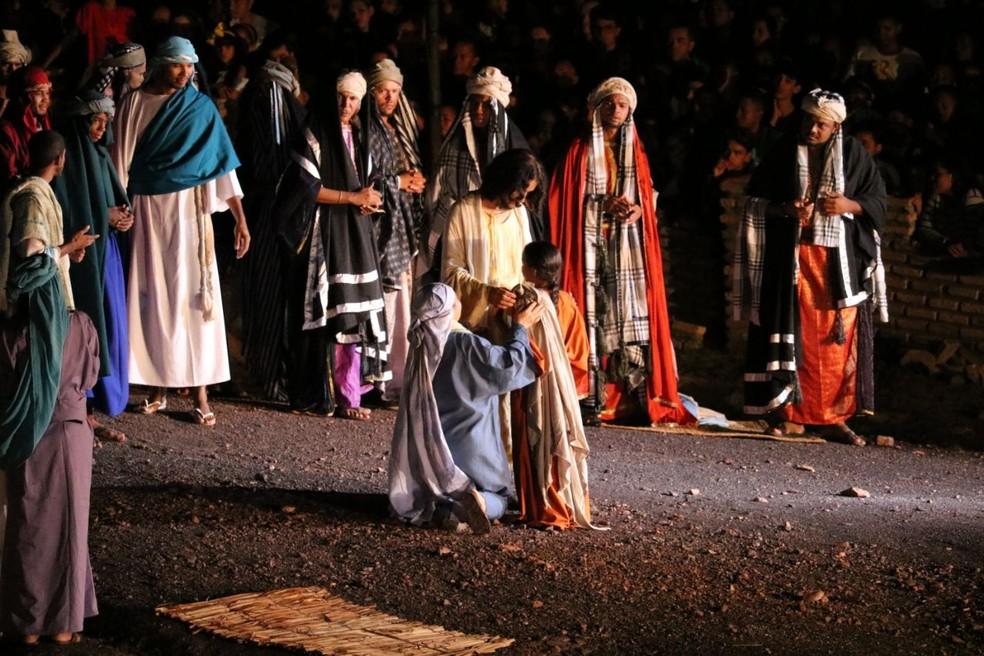 História dos últimos dias de Jesus Cristo foi encenada no Teatro Cidade Cenográfica de Floriano, no Sul do Piauí. (Foto: Lucas Marreiros/ G1 PI)