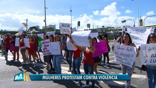 Manifestação em Salvador pede justiça à jovem que foi espancada e torturada pelo ex