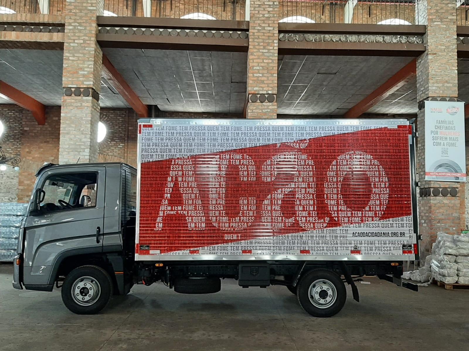 Os novos caminhões da Ação da Cidadania