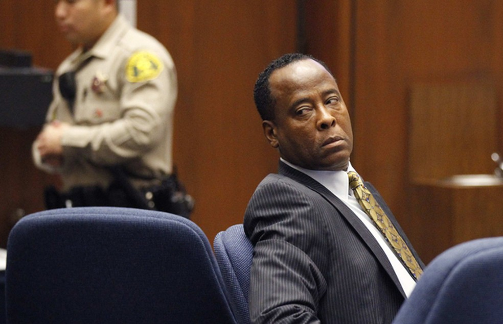 Conrad Murray, durante o seu julgamento em Los Angeles, nesta quarta-feira (5) (Foto: Mario Anzuoni/Reuters)