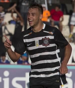Maycon comemora gol Corinthians x Botafogo (Foto: Daniel Augusto Jr/Ag. Corinthians)