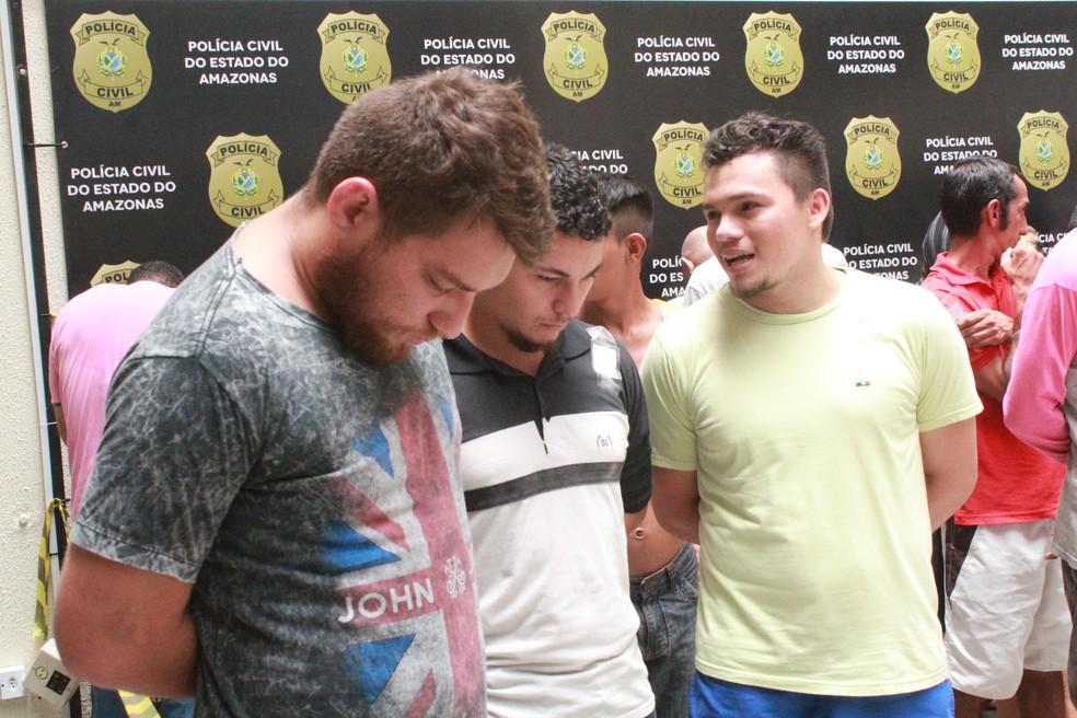 28f1875a20d ... Suspeitos foram apresentados na manhã desta quarta-feira (27) — Foto   Eliana