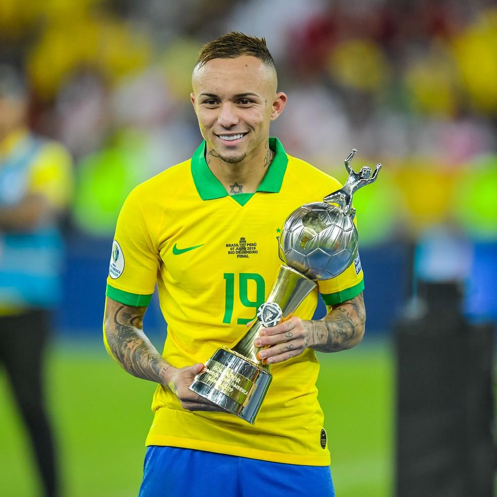 Everton, artilheiro da Copa América, é esperado na lista de Tite na próxima sexta-feira. Brasil enfrenta Senegal e Nigéria em outubro — Foto: BP Filmes